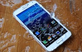 How to Fix A Water Damaged Phone In Easy Steps